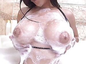 Downcast shower opportunity relative to arab cutie