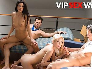 VIP SEX VAULT Sicilia and Alexa Tomas In Epic Swinger 4some