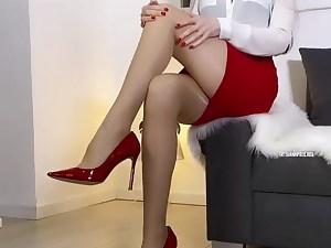 Shiny nylon & gams adore