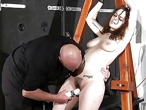 Spanked dilettante slavegirl Beauvoirs hellpain trounce
